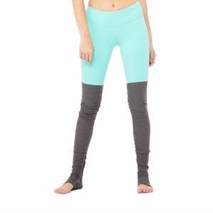 Alo Yoga Goddess Leggings Size S